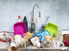 Kitchen-Sink-Full-of-Dishes